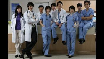 写真:外科医 ポン・ダルヒ