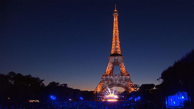 写真:2015 パリ祭記念コンサート<br>~パリ 世界を抱きしめて~