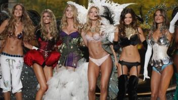 ヴィクトリア・シークレット ファッションショー 2009-2010