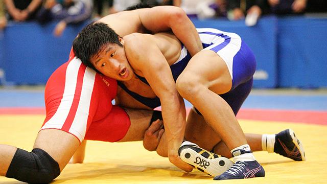 写真:JOCジュニアオリンピックカップ 2015年度全日本ジュニアレスリング選手権大会